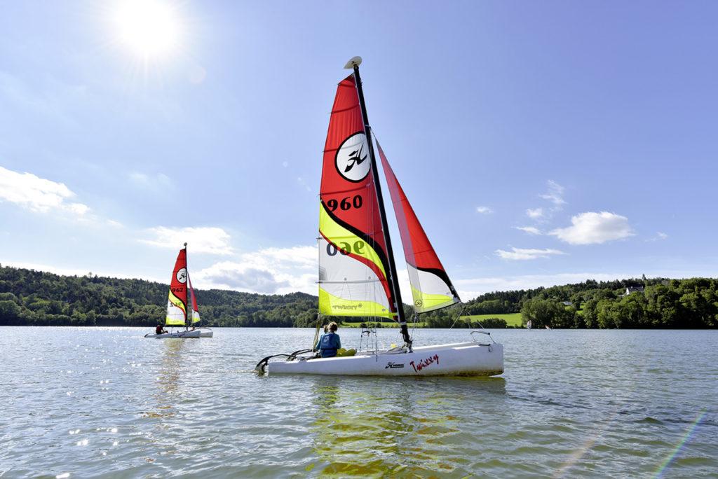 Découverte du catamaran sur le lac d'Aydat - Henri derus©